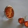 """,,Chihlimbar"""", set alcatuit din cercei si inel argintate si cu chihlimbar foarte frumos; inelul este reglabil si are piatra mare (25X18 mm), iar tortitele cerceilor sunt inchise; UNICAT; VANDUT"""