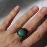 Inel vintage cu piatra semipretioasa, aventurin, in cadru inel din bronz filigranat, reglabil; VANDUT