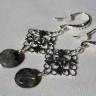 """,,Labradorit filigranat"""", cercei lungi (5,5 cm), cu piatra de labradorit si accesorii metalice placate cu argint; UNICAT; INDISPONIBILI"""