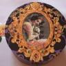 """,,Vintage lady"""", cutie de bijuterii din lemn, rotunda; dim.: 15,5 cmX 8,3 cm; realizata pentru a fi daruita cadou"""