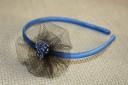 Bentita albastra satinata cu floare din tulle negru si margele de un albastru transparent; VANDUTA