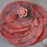 """,,Pink rose"""", brosa pictata integral manual cu vopseluri speciale pentru textile; aplicatie trandafir din rasina si broderie cu margelute de nisip; dimensiuni: 9X10,5 cm; UNICAT"""