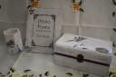 Comanda cu lavanda, set compus din cutie de bijuterii mare (24 cm lungime), rama foto si suport creioane; se poate reface numai pe comanda si intr-o varianta asemanatoare