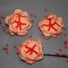 Agrafa de par din voal fin somon cu margele de nisip rosii; diametrul florii: cca 45 mm; agrafa este de buna calitate si nu agata/rupe parul; VANDUTA, se poate reface la comanda