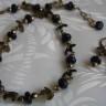 """,,Pirite infrunzite"""", set foarte frumos, realizat din rondele de lapis-lazuli si sfere fatetate de pirita; combinatia de pietre este extrem de reusita, lapisul insusi continand in el urme de pirita; frunzulitele din bronz se armonizeaza si ele foarte bine cu aceste pietre; UNICAT; VANDUT"""