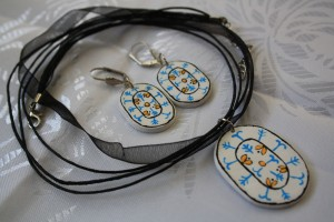 seturi-bijuterii-lut-pictat-model-traditional-011