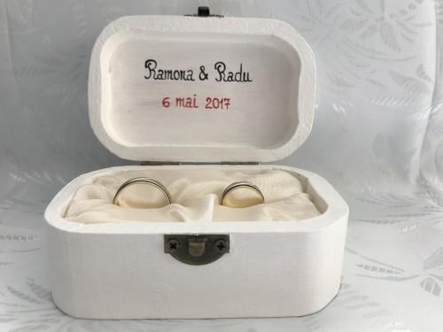 caseta verighete nunta personalizata