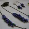 ,,Liliac 2″, set superb compus din colier versatil, liber (fara inchizatoare, se innoada sau se infasoara ca o esarfa), bratara si cercei; sticla de Cehia; accesorii metalice din bronz; VANDUT